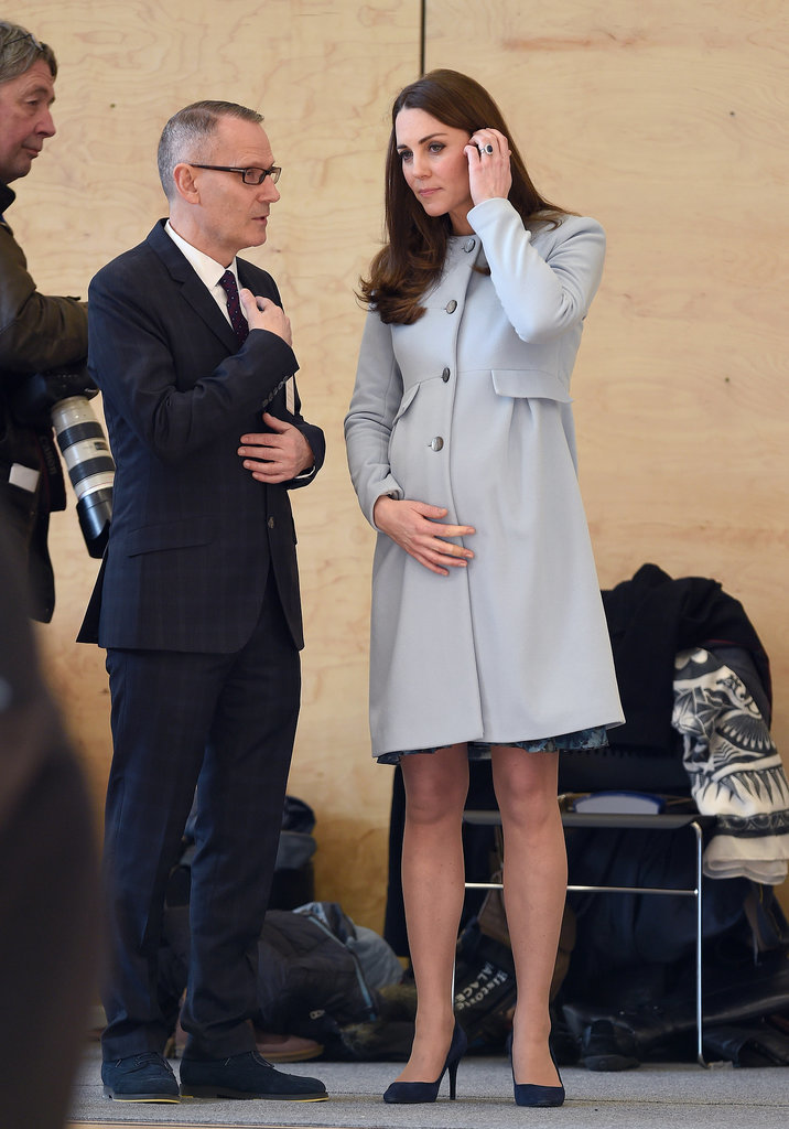 Pregnant-Kate-Middleton-Kensington-Leisure-Centre