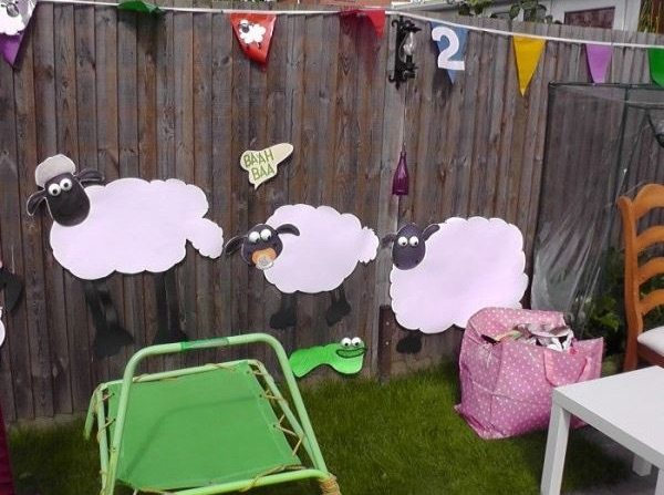 1 Baarty_away_with_a_Shaun_the_Sheep_party