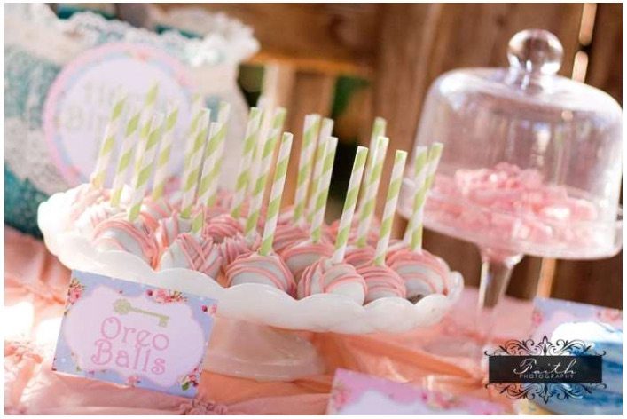 14 Shabby_Chic_Garden_Party_Ideas_-_Perfect_for_a_Spring_Fling_Party_-_Little_Party_Love