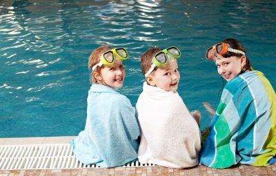 dad's simple hack for swimming lessons