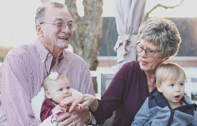 Study Confirms Grandparents Who Babysit, Live Longer